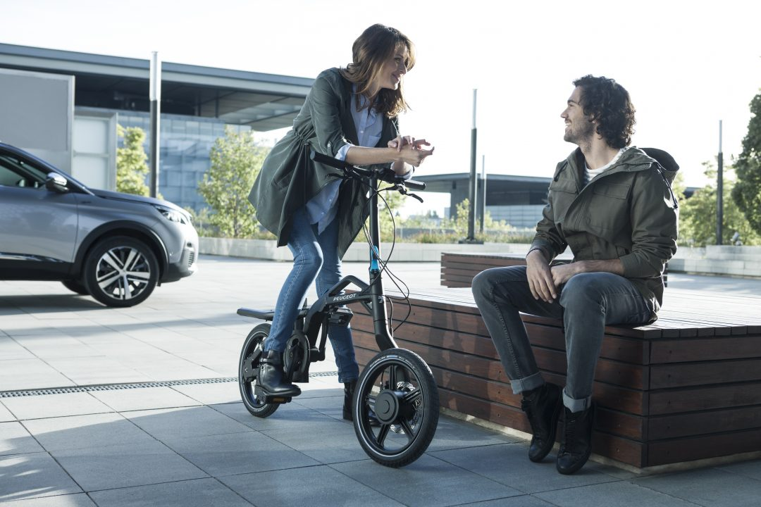 PEUGEOT's eF01 electric folding bicycle