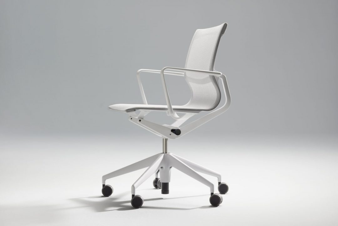 Physix swivel chair